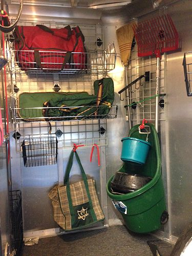 organized horse trailer